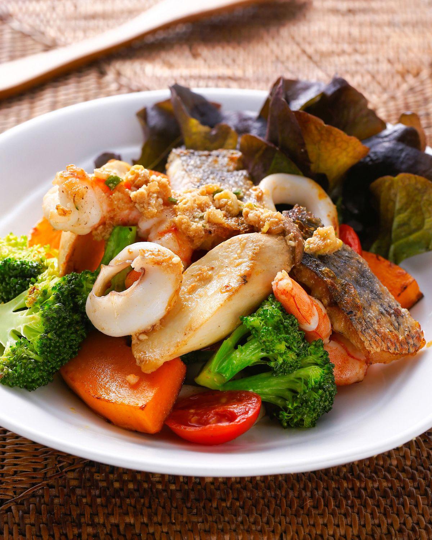 食譜:胡麻海鮮沙拉