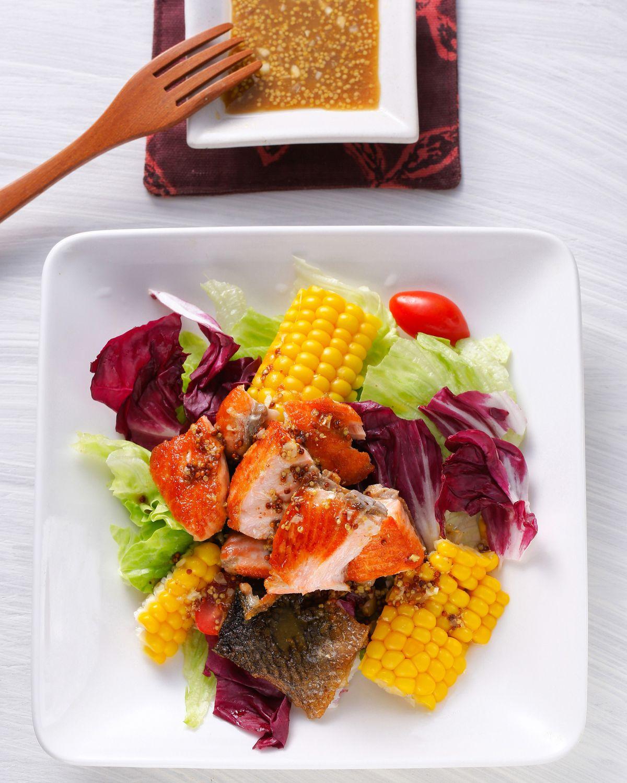食譜:鮭魚溫沙拉