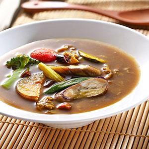 彩蔬湯咖哩