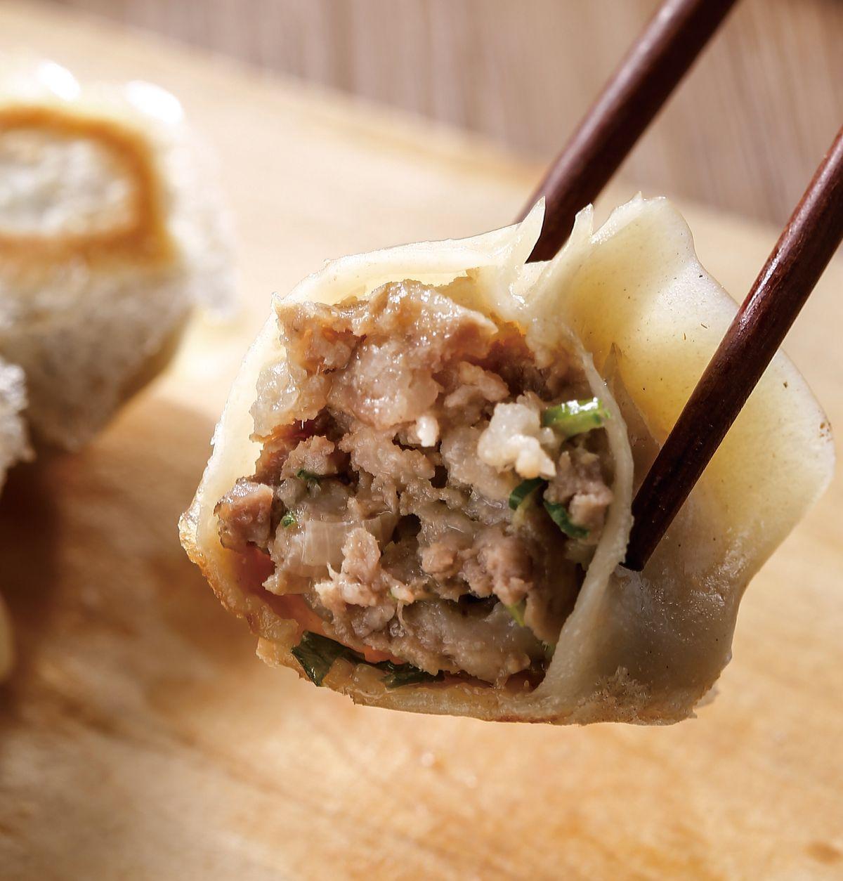 食譜:原味鮮肉煎餃