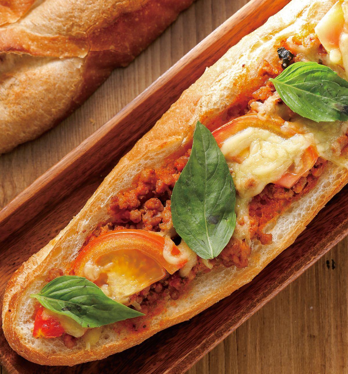 食譜:義式塔香茄汁肉醬