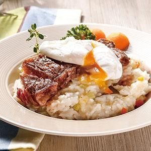 牛排水波蛋燉飯