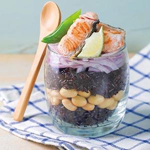 鮭魚紫洋蔥起司