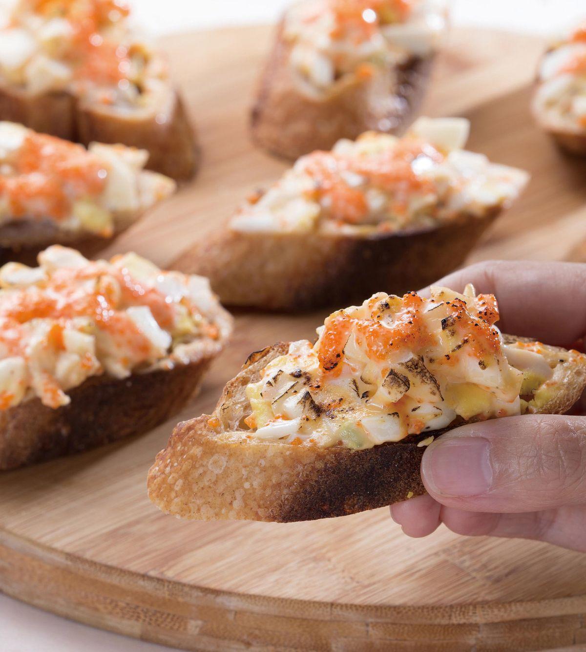 食譜:水煮蛋蝦卵法國麵包