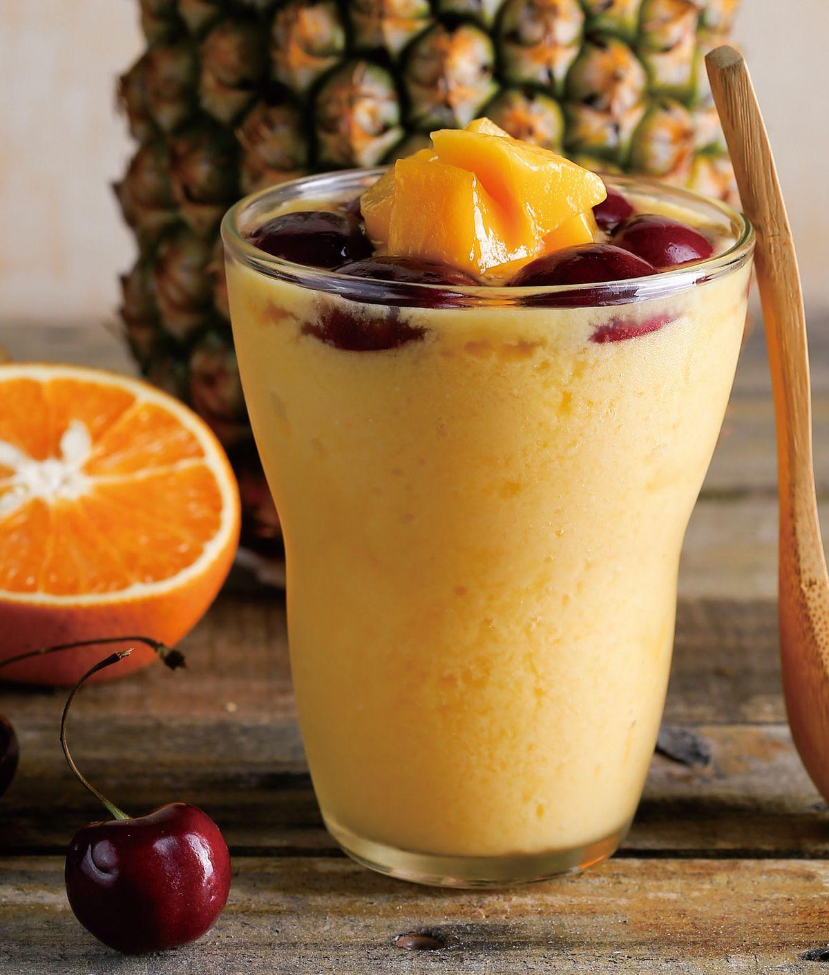 食譜:芒果柳橙鳳梨果昔