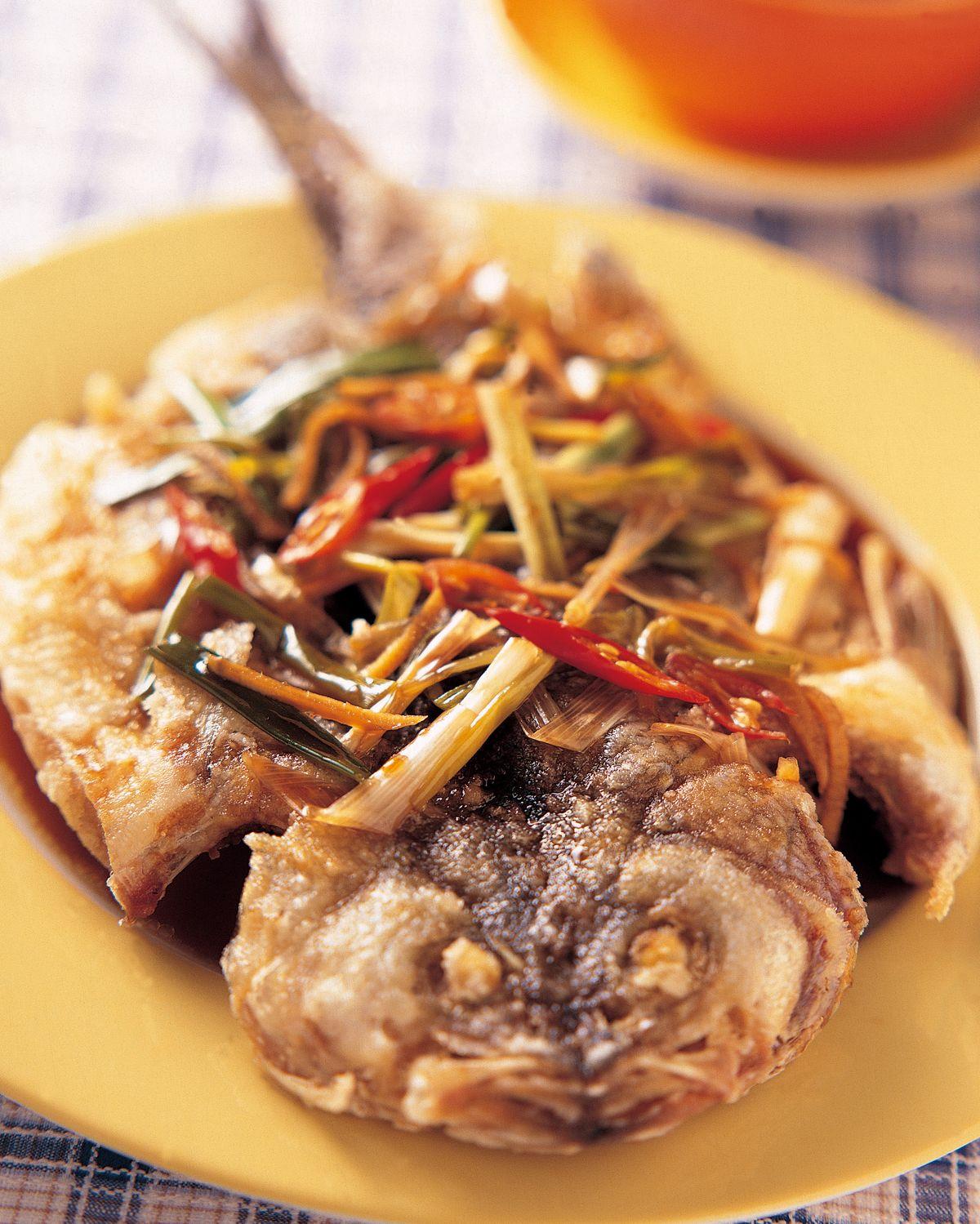 食譜:醬汁燴鱸魚