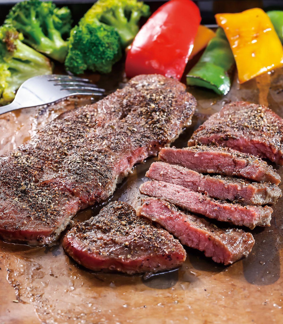 食譜:黑胡椒烤牛小排(1)