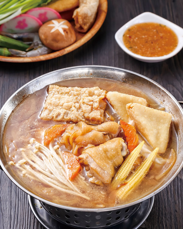 食譜:洋蔥雞腿肉鍋