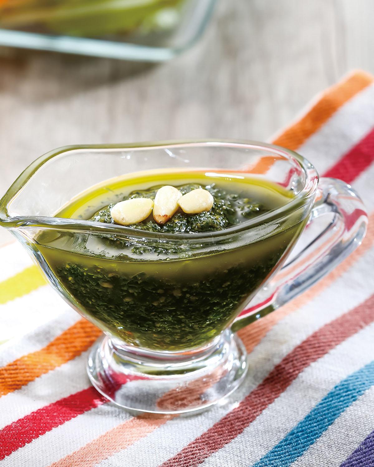 食譜:松子青醬油醋汁