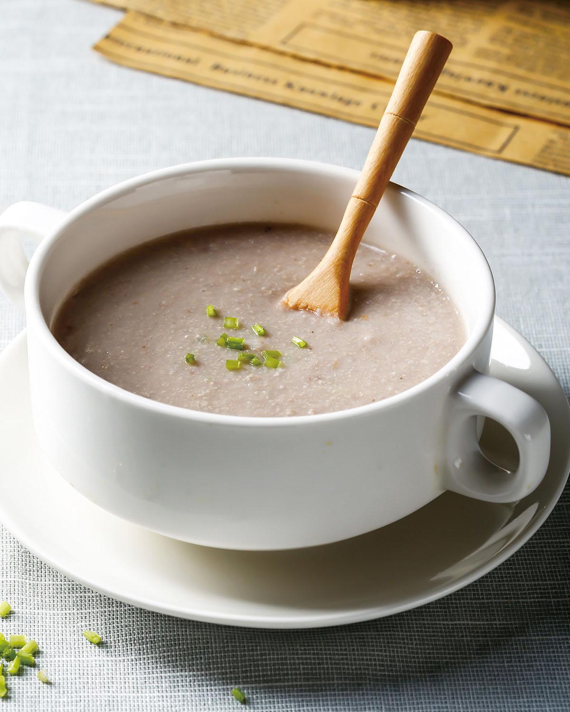 食譜:芋頭豬肉濃湯