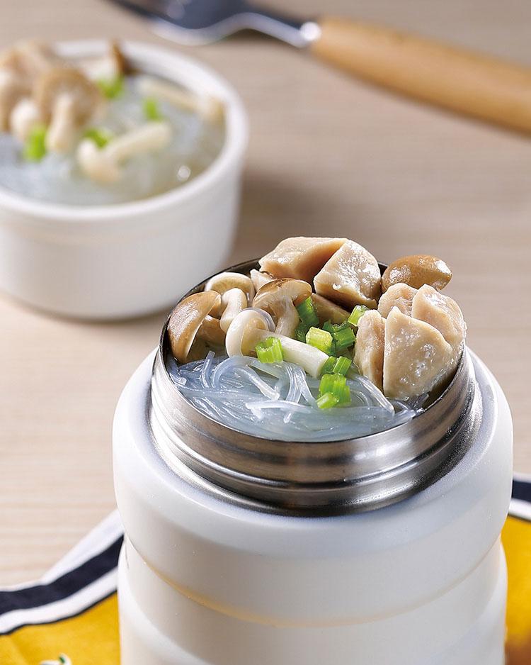 食譜:丸子粉絲菇菇湯