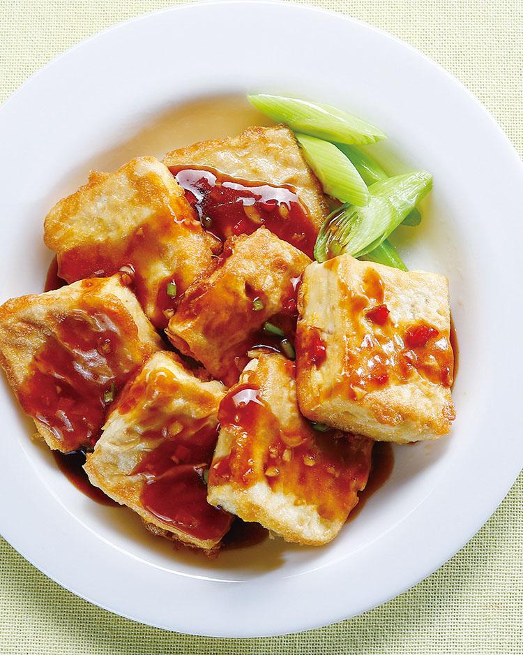 食譜:蒜味板豆腐煎蛋