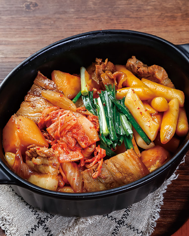 食譜:韓式泡菜馬鈴薯年糕燉肉