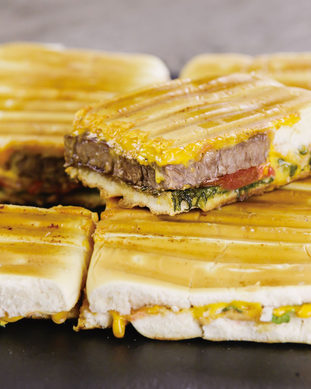 食譜:花生醬牛排帕尼尼