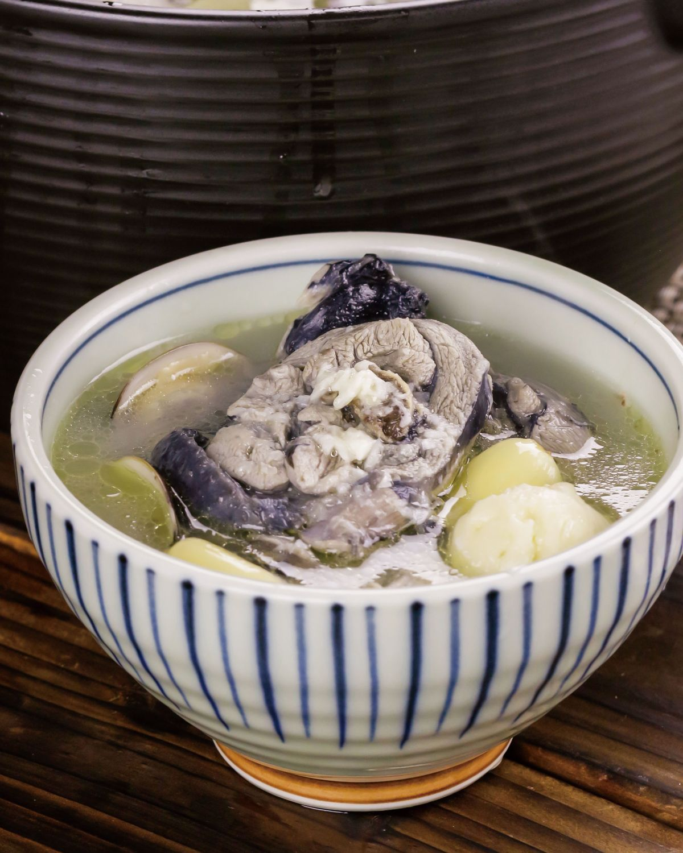 食譜:蒜頭蛤蜊雞湯(1)