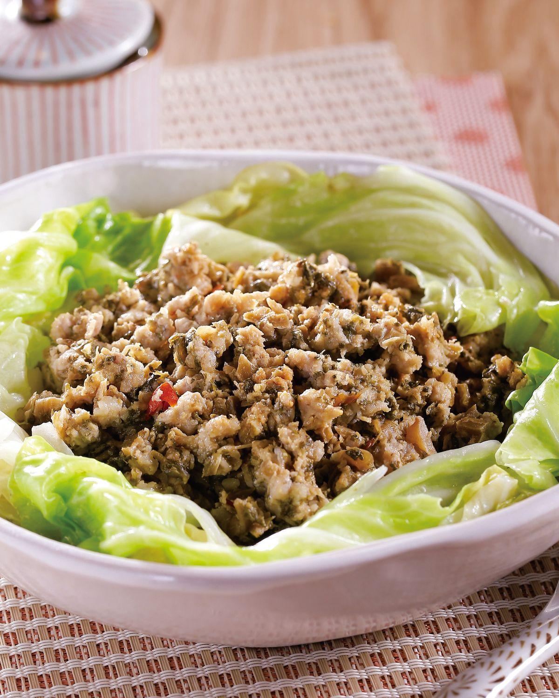 食譜:梅干肉醬蒸高麗菜