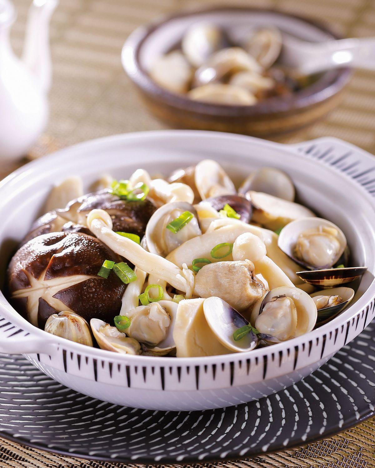 食譜:什錦菇烤蛤蜊