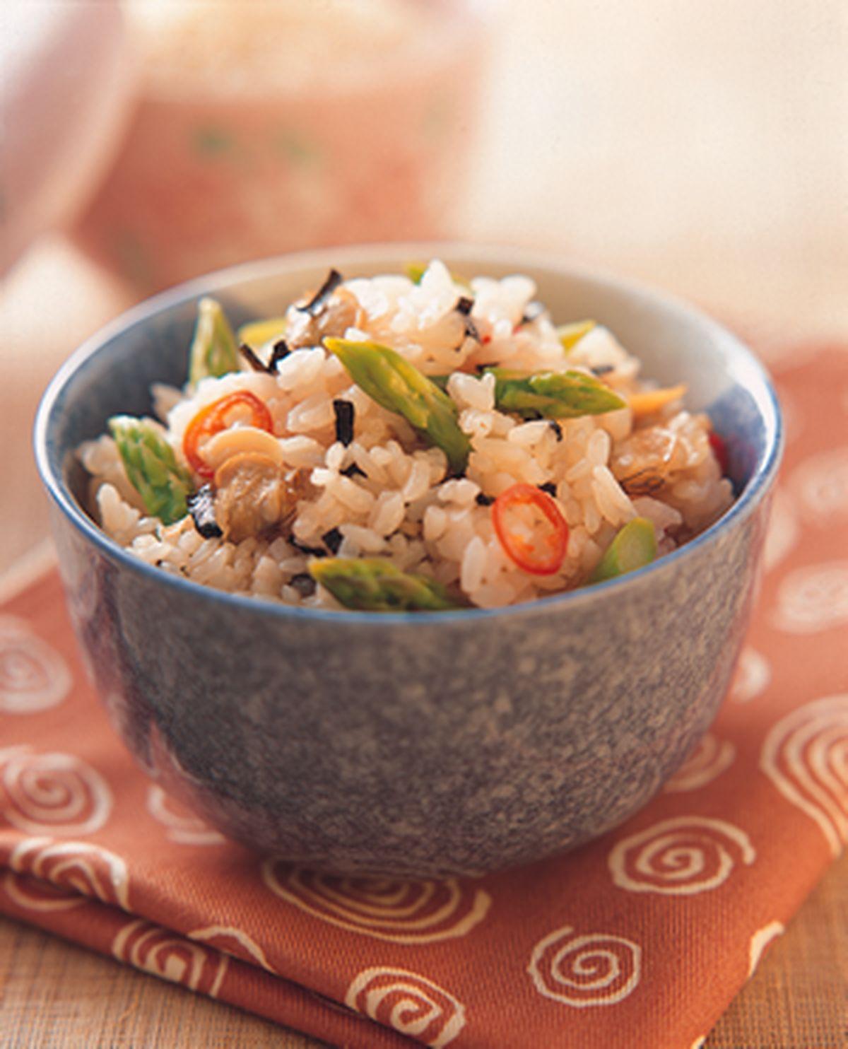 食譜:蘆筍蛤蜊飯
