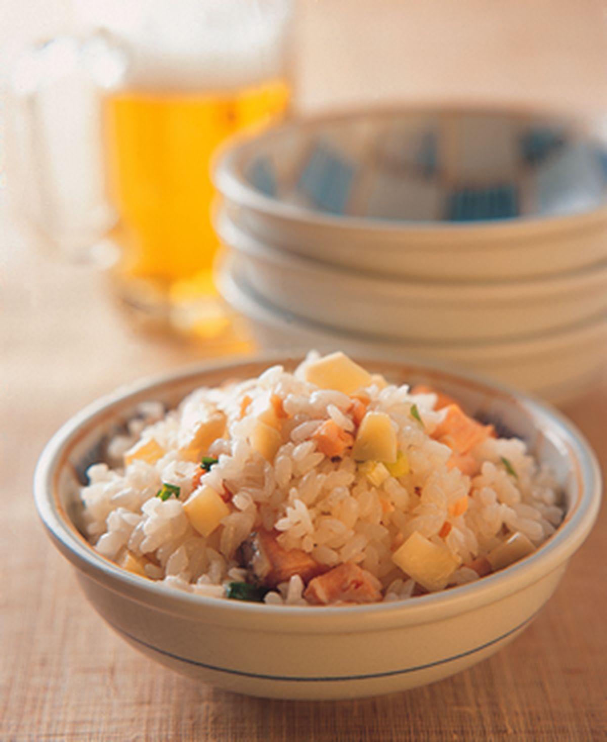 食譜:薑丁鮭魚飯