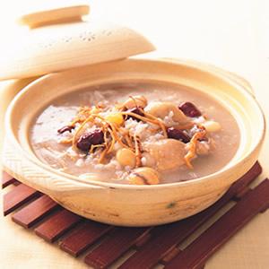 韓國蔘雞湯
