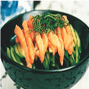 紫蘇黃瓜拌鮭魚