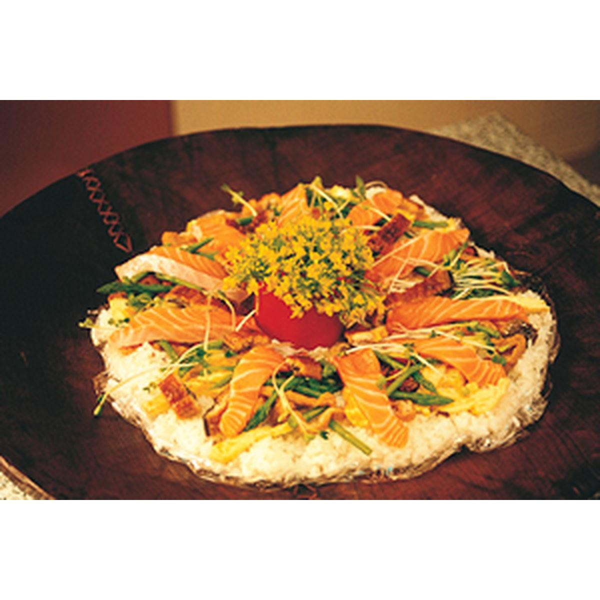 食譜:生鮭花散壽司