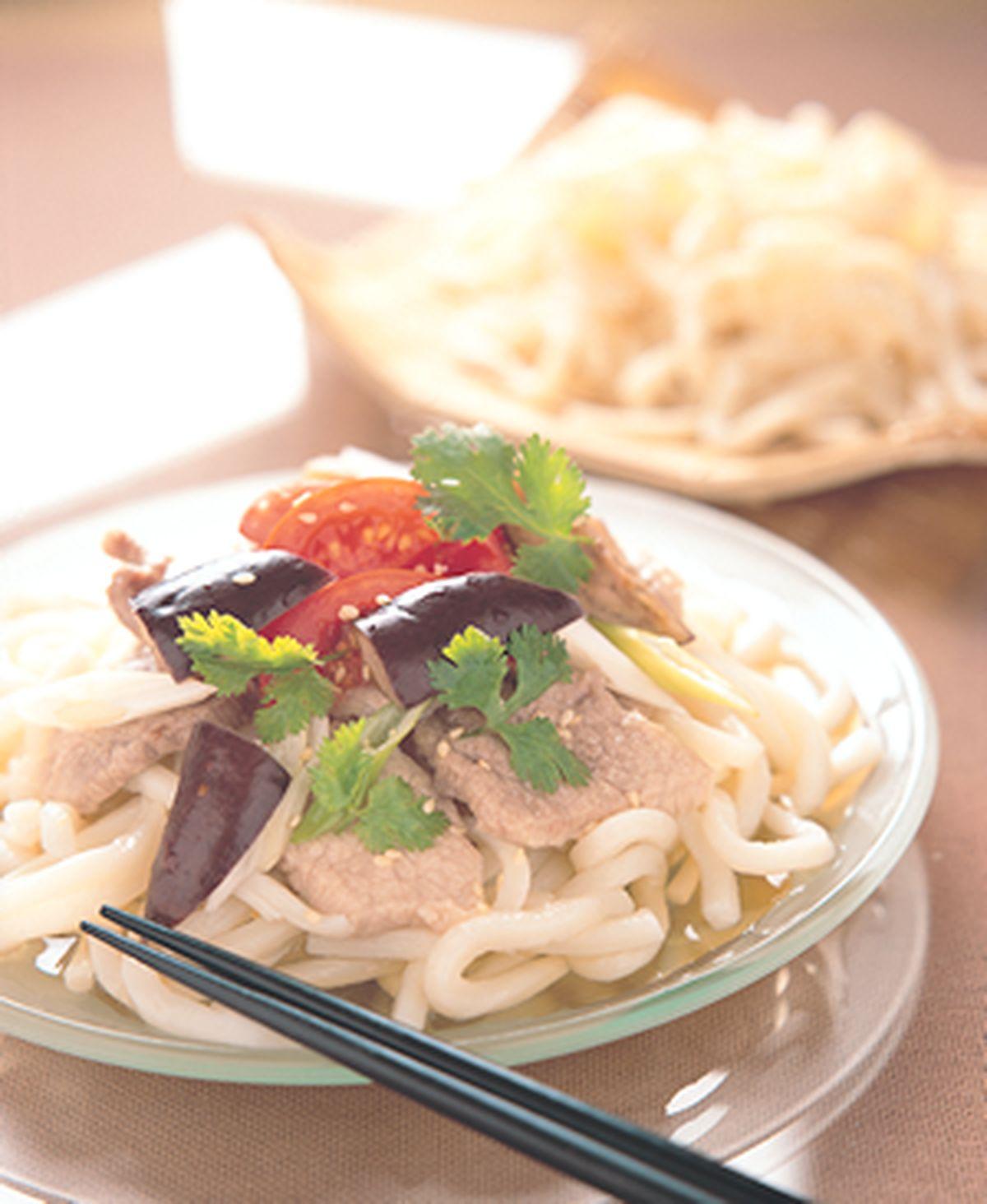 食譜:豬肉野菜冷烏龍麵
