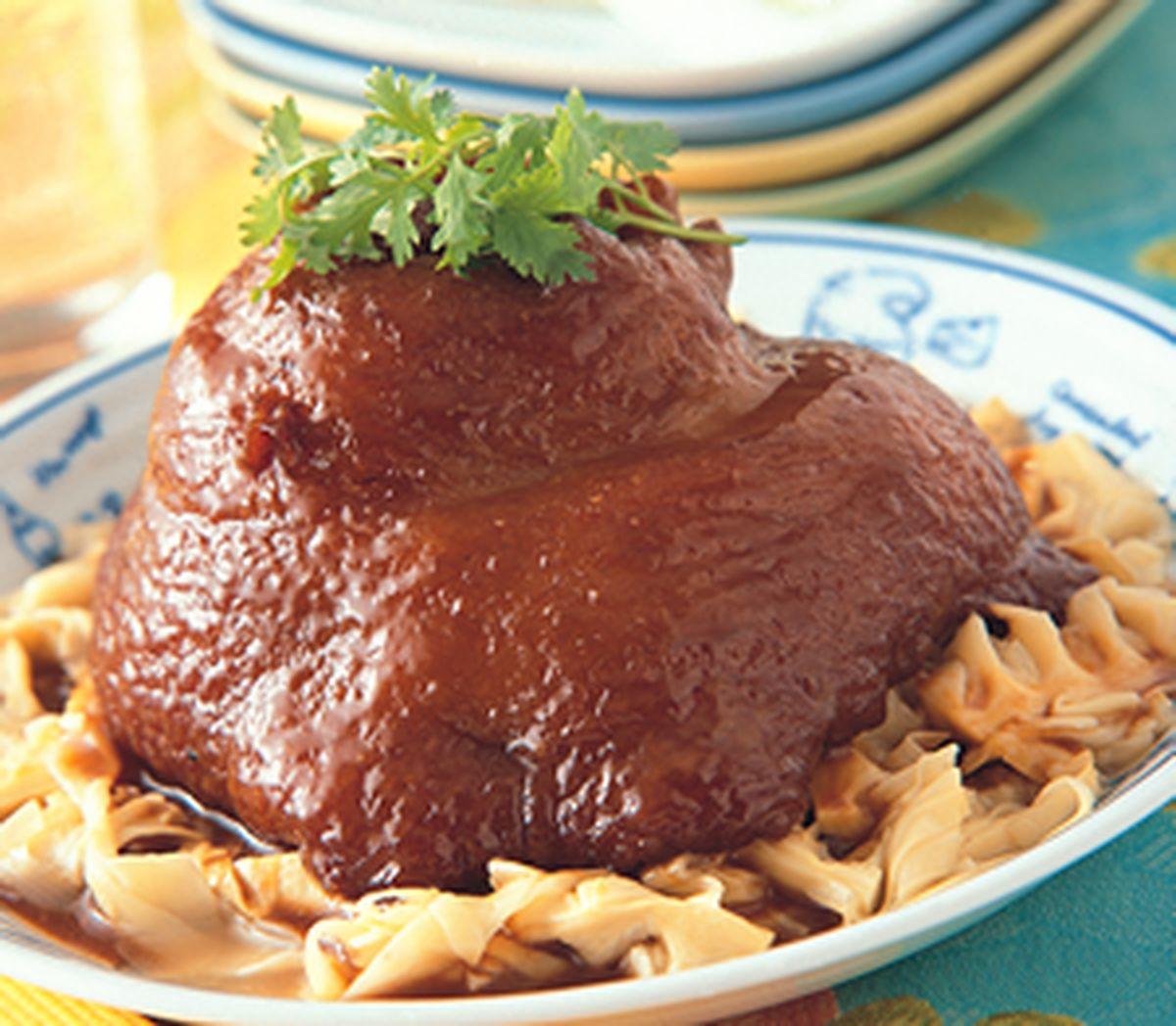 食譜:紅燒筍干蹄膀