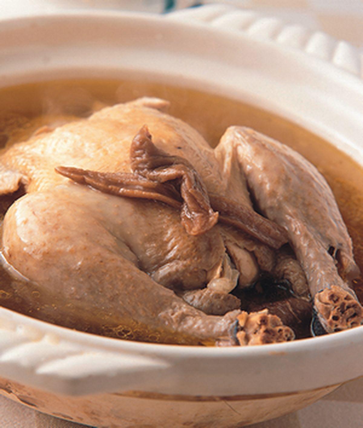 食譜:老蘿蔔乾雞湯