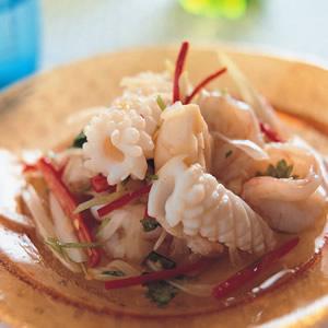 泰式涼拌海鮮總匯