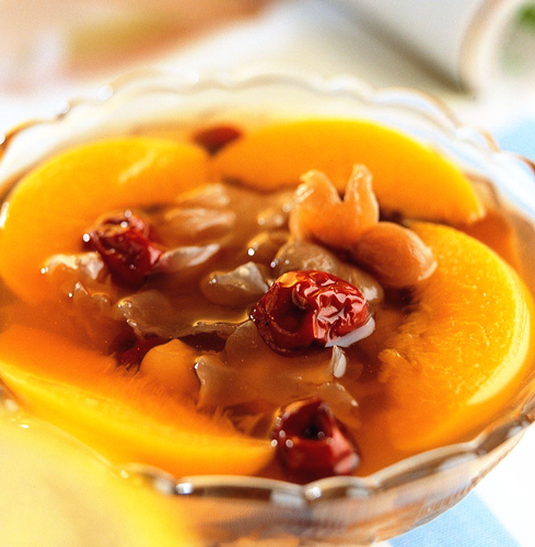 食譜:蜜桃銀耳燉紅棗