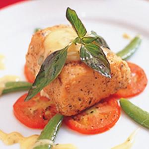 地中海式鮮烤鮭魚