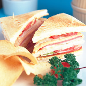 鮪魚乳酪三明治