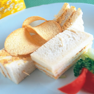 鮪魚醬三明治