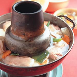 酸菜白肉鍋