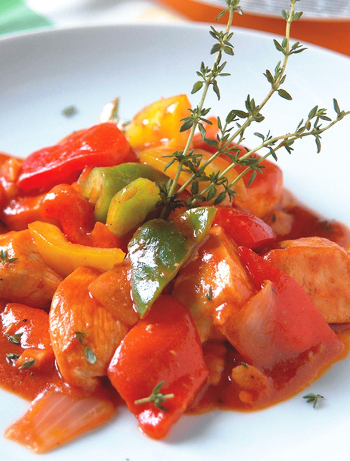 食譜:百里香茄汁甜椒雞肉