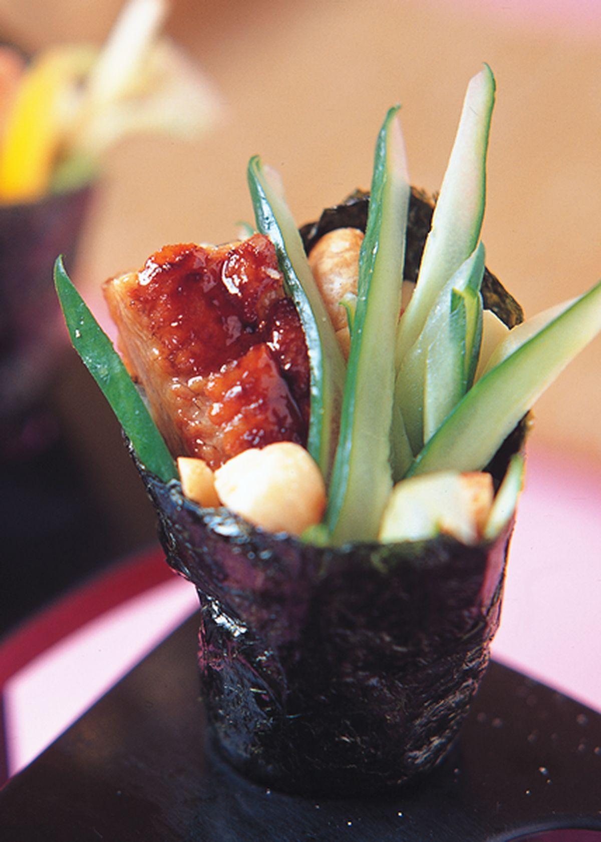 食譜:鰻魚堅果手卷