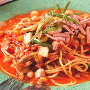 蕃茄野菇三椒義大利麵