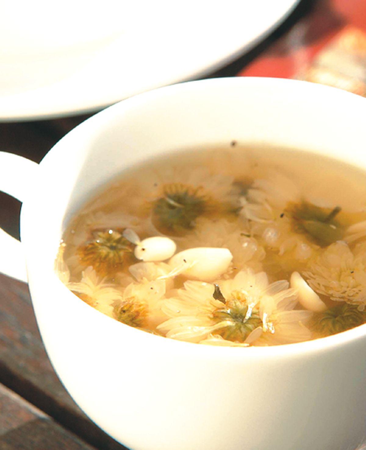 食譜:菊花北杏蜂蜜茶
