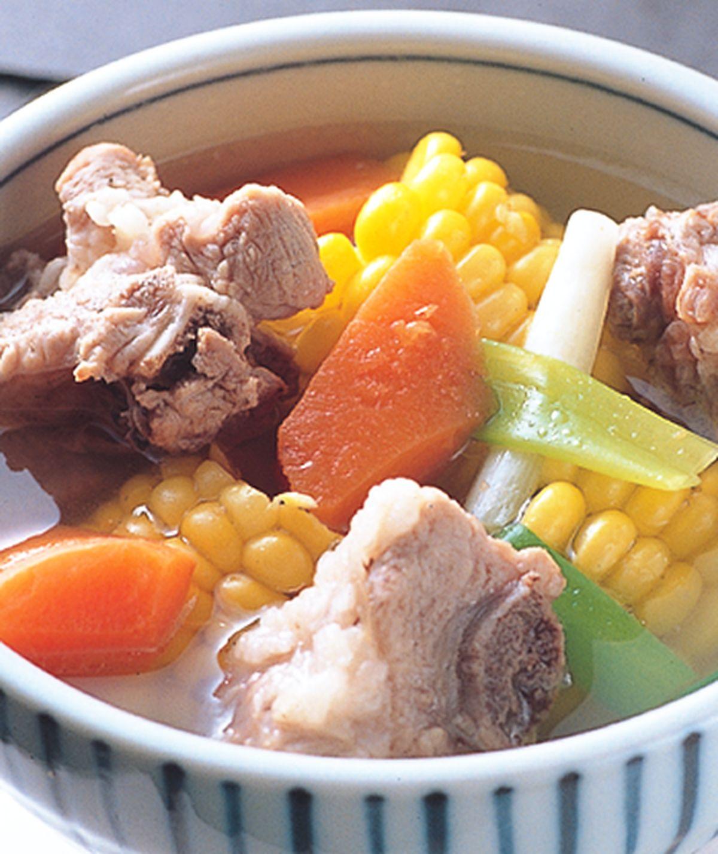 食譜:排骨玉米湯(1)