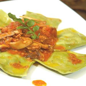 野菇義大利肉醬菠菜餃
