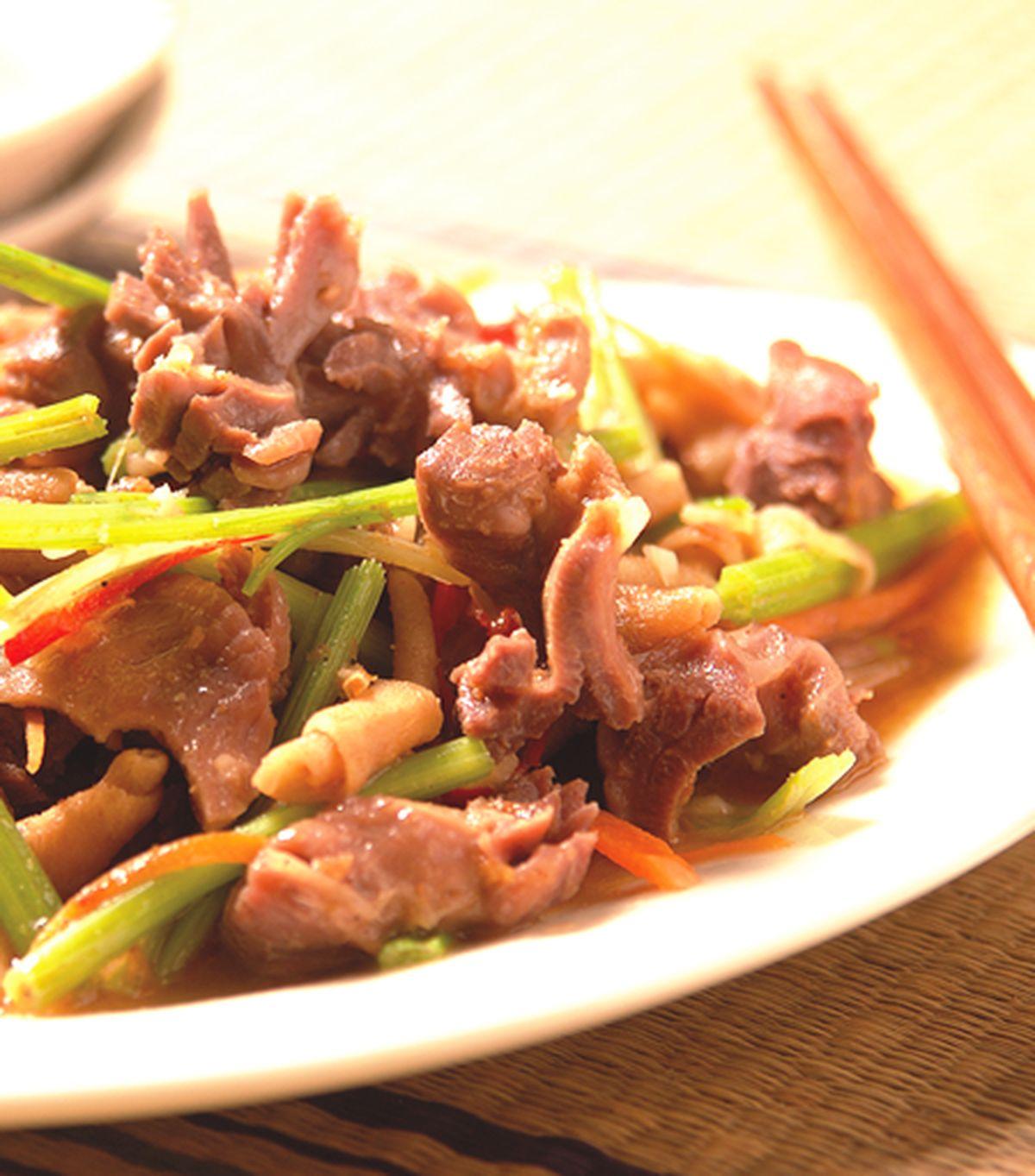 食譜:芹菜炒下水