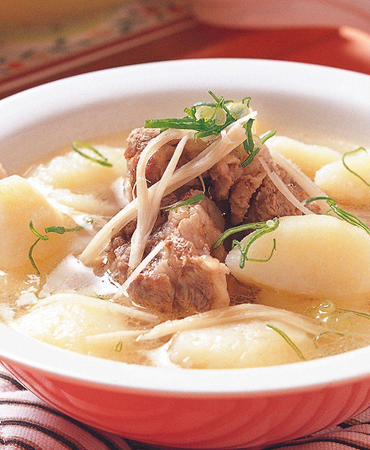 食譜:洋芋排骨湯