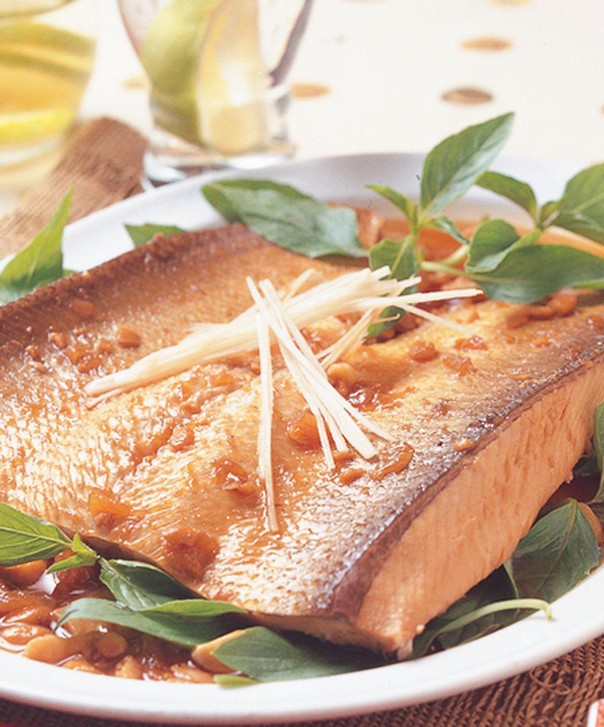 食譜:醬鳳梨滷魚肚