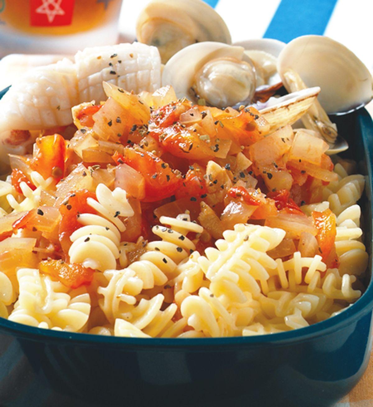 食譜:茄汁海鮮通心粉
