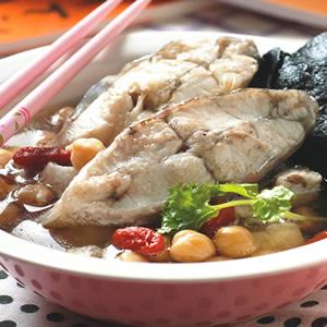 杜仲蒸鮮魚