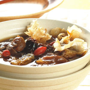 銀耳桂圓湯
