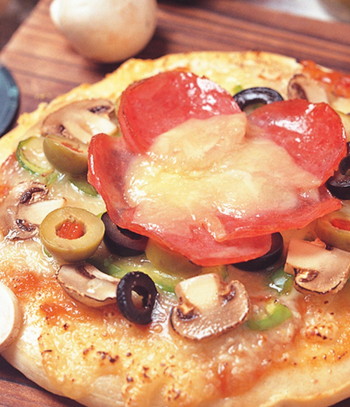 食譜:橄欖火腿披薩