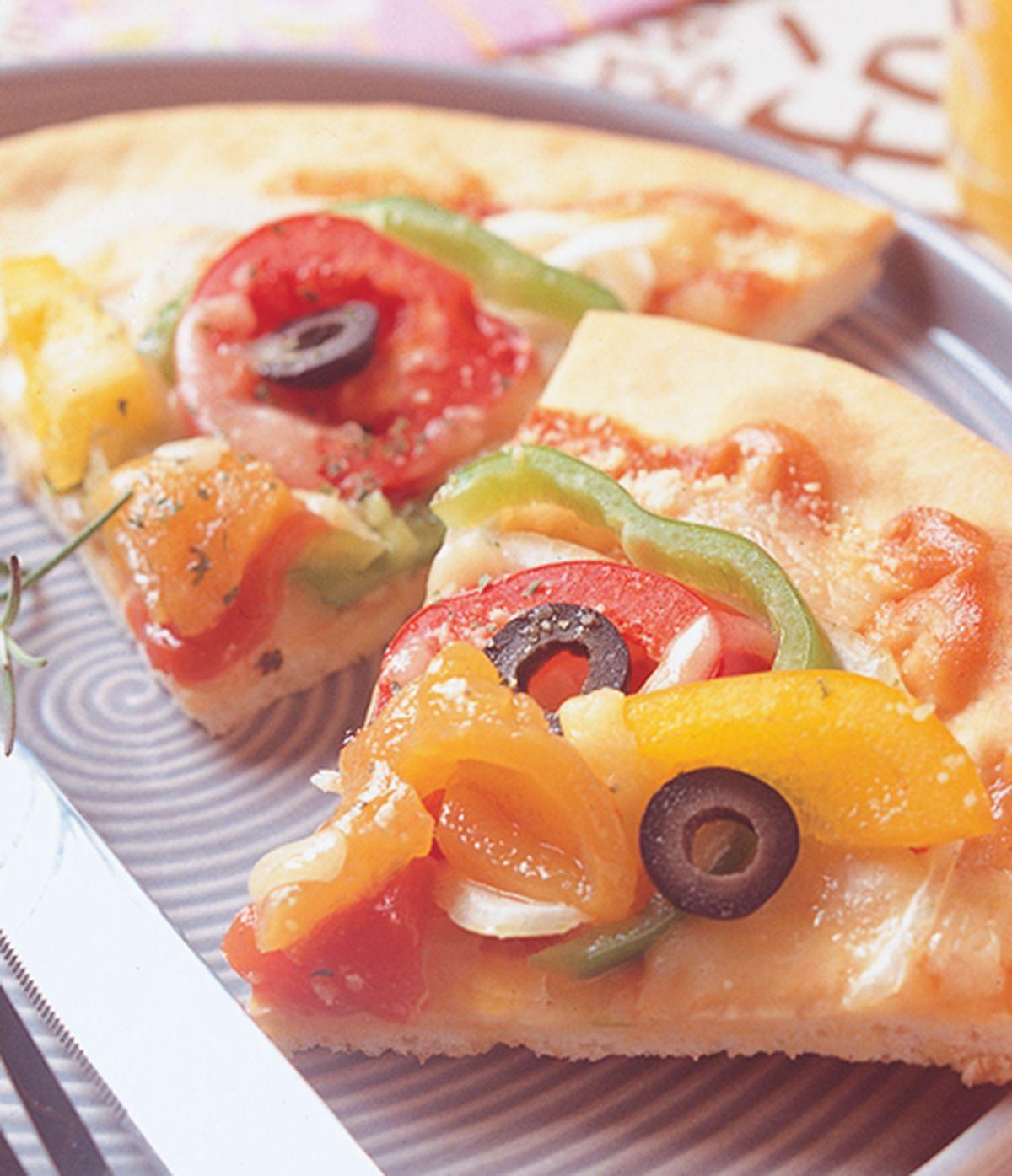 食譜:彩椒時蔬披薩