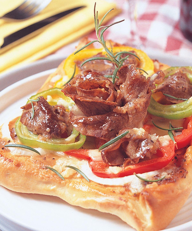 食譜:黑胡椒牛肉披薩